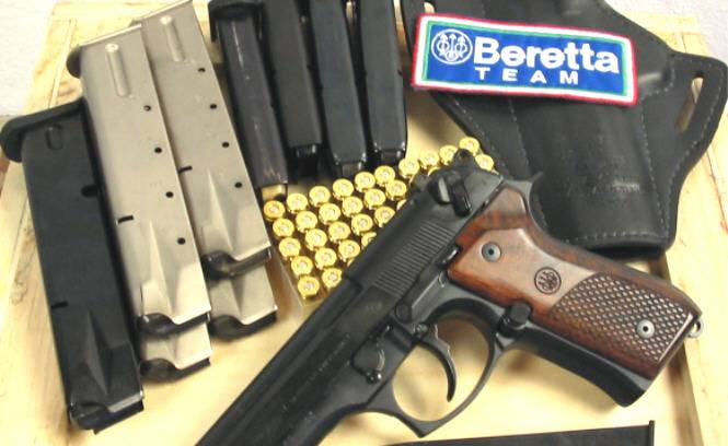 The 3 Best Holsters for Beretta 92FS [REVIEWS] - Firearm